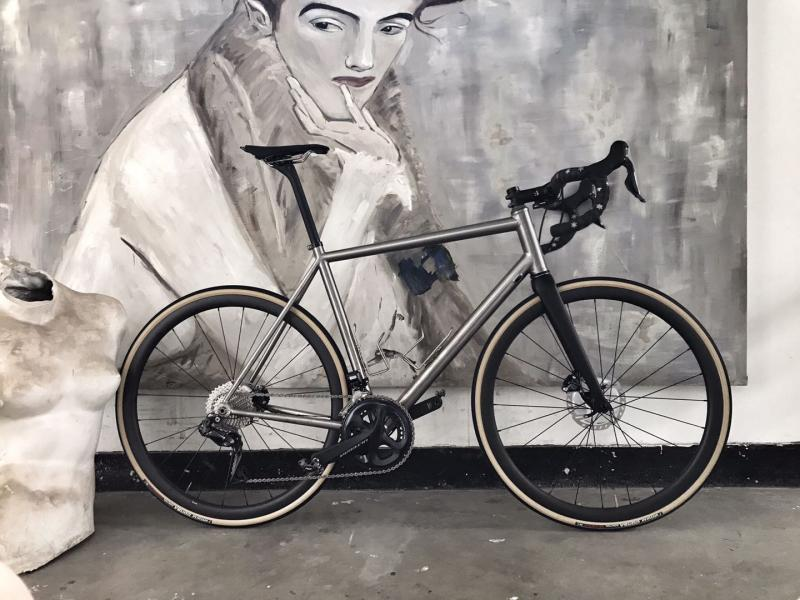 The Captain - Ultegra DI2 (Full Bike - RAW)