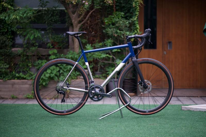 The Captain - Ultegra DI2 (Full Bike - Blue)