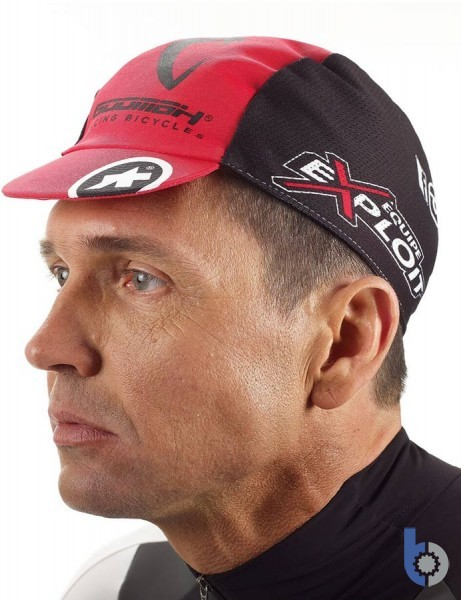 Assos exploitCap-evo7 (National Red) with cool mesh sides
